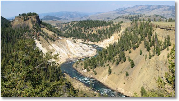 yellowstone river from calcite springs overlook