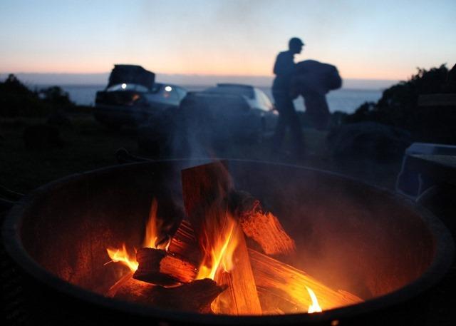 Campfire-Big-Sur-April-9-2011-California-US1